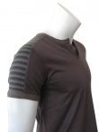 Nicolas & Mark Polo t-shirt with striped shoulder