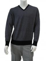 T-skin V-necked pullover