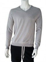 T-skin V.necked sweater