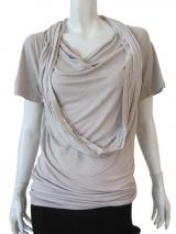 Delphine Wilson Ring collar t-shirt
