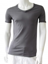 Nicolas & Mark V-necked T-Shirt
