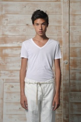 Nicolas & Mark T-Shirt scavo a V