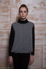 Nicolas & Mark Knit collar and sleeve T-shirt