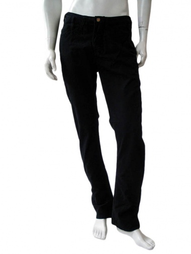 Against my killer Pant with classic pockets