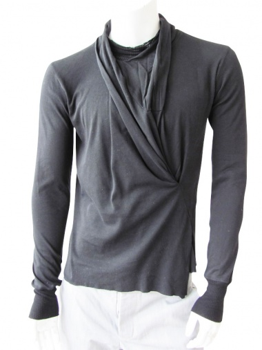 Nicolas & Mark T-Shirt with drape on the front