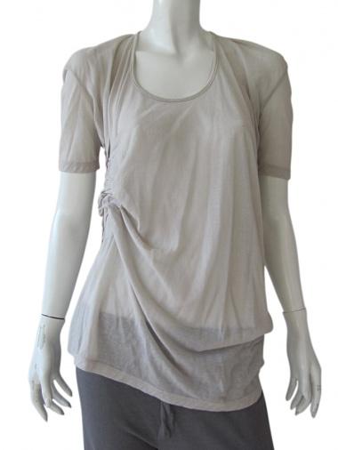 Delphine Wilson Shortsleeved asymmetric T-shirt