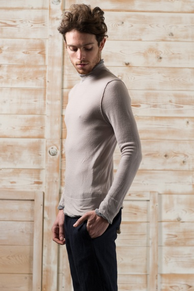 Nicolas & Mark Twister turtleneck Sweater